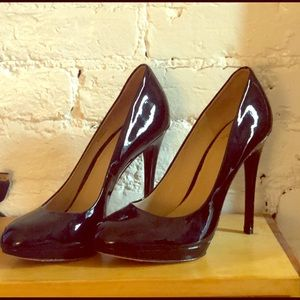 Brian Atwood Fredrique parent leather pumps black